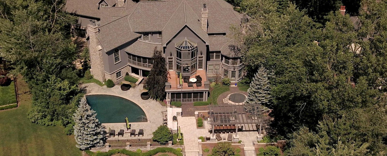 High end home design and construction in all of West Michigan - Creekside Companies